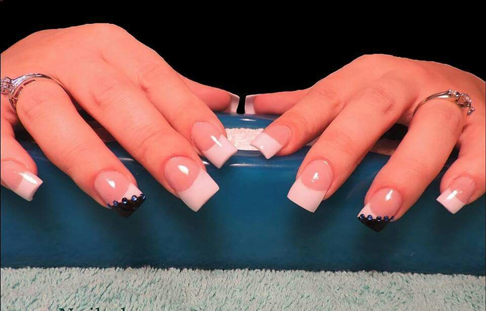Artifical Nails 101: How To Make Sure You Have A Nail Tech And Not A ...